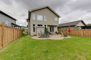 Photo 2: 534 FAIRWAY Court: Stony Plain House for sale : MLS®# E4164775