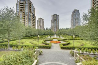 Photo 19: 2401 6888 STATION HILL DRIVE in Burnaby: South Slope Condo for sale (Burnaby South)  : MLS®# R2399550