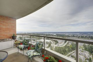 Photo 17: 2401 6888 STATION HILL DRIVE in Burnaby: South Slope Condo for sale (Burnaby South)  : MLS®# R2399550