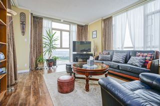 Photo 2: 2401 6888 STATION HILL DRIVE in Burnaby: South Slope Condo for sale (Burnaby South)  : MLS®# R2399550