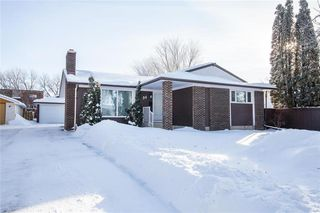 Photo 1: 34 Galbraith Crescent in Winnipeg: Crestview Residential for sale (5H)  : MLS®# 202001817