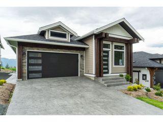 Photo 2: 26 8295 NIXON Road in Chilliwack: Eastern Hillsides House for sale : MLS®# R2447162