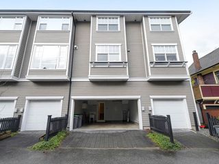 "Photo 17: 832 W 15TH Avenue in Vancouver: Fairview VW Townhouse for sale in ""RedBricks III"" (Vancouver West)  : MLS®# R2447752"