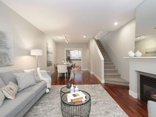 "Photo 2: 832 W 15TH Avenue in Vancouver: Fairview VW Townhouse for sale in ""RedBricks III"" (Vancouver West)  : MLS®# R2447752"