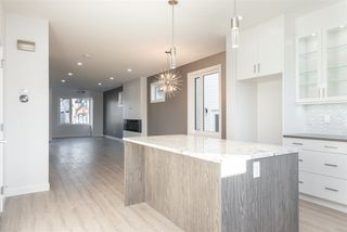 Photo 10: 11442 123 Street in Edmonton: Zone 07 House for sale : MLS®# E4193533