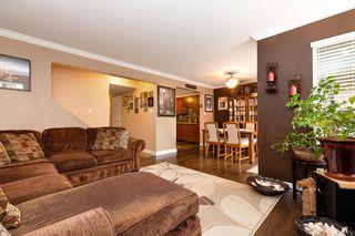 "Photo 3: 11 20653 THORNE Avenue in Maple Ridge: Southwest Maple Ridge Townhouse for sale in ""THORNEBERRY GARDENS"" : MLS®# R2452675"