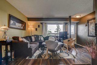 Photo 1: 17213 92 Avenue in Edmonton: Zone 20 Carriage for sale : MLS®# E4196018