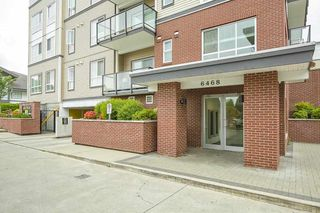 "Photo 2: 205 6468 195A Street in Surrey: Clayton Condo for sale in ""Yale Bloc Building 1"" (Cloverdale)  : MLS®# R2456985"