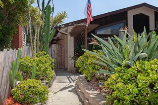 Photo 3: OCEAN BEACH House for sale : 4 bedrooms : 4775 Del Monte Ave in San Diego