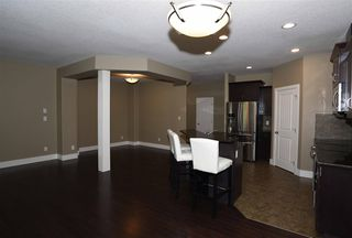 Photo 8: 10 1901 126 Street in Edmonton: Zone 55 House Half Duplex for sale : MLS®# E4201836
