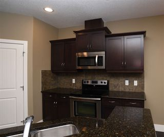 Photo 7: 10 1901 126 Street in Edmonton: Zone 55 House Half Duplex for sale : MLS®# E4201836