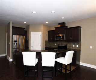 Photo 5: 10 1901 126 Street in Edmonton: Zone 55 House Half Duplex for sale : MLS®# E4201836