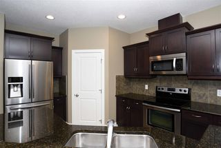 Photo 6: 10 1901 126 Street in Edmonton: Zone 55 House Half Duplex for sale : MLS®# E4201836