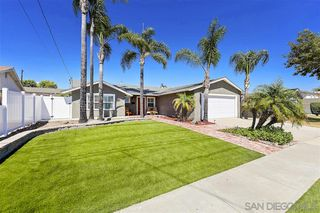 Photo 2: SAN CARLOS House for sale : 3 bedrooms : 6323 Lake Arago Avenue in San Diego