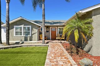 Photo 1: SAN CARLOS House for sale : 3 bedrooms : 6323 Lake Arago Avenue in San Diego