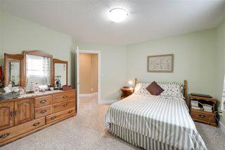 Photo 37: 942 HALIBURTON Road in Edmonton: Zone 14 House for sale : MLS®# E4208259