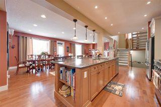 Photo 7: 942 HALIBURTON Road in Edmonton: Zone 14 House for sale : MLS®# E4208259