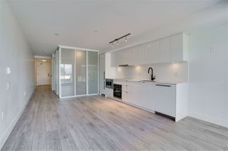 "Photo 11: 318 630 E BROADWAY in Vancouver: Mount Pleasant VE Condo for sale in ""Midtown Modern"" (Vancouver East)  : MLS®# R2504226"
