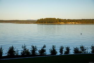 Photo 31: 8527 Lochside Dr in : NS Bazan Bay House for sale (North Saanich)  : MLS®# 858175