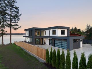 Photo 30: 8527 Lochside Dr in : NS Bazan Bay House for sale (North Saanich)  : MLS®# 858175