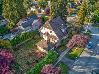 Photo 3: 5510 BLENHEIM Street in Vancouver: Kerrisdale House for sale (Vancouver West)  : MLS®# R2512256