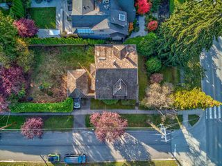 Photo 4: 5510 BLENHEIM Street in Vancouver: Kerrisdale House for sale (Vancouver West)  : MLS®# R2512256