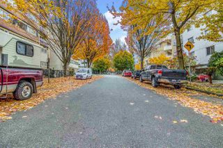 """Photo 33: 403 1436 HARWOOD Street in Vancouver: West End VW Condo for sale in """"Harwood House"""" (Vancouver West)  : MLS®# R2514353"""