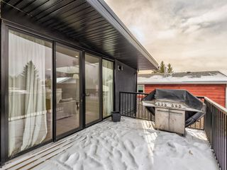 Photo 17: 5327 Carney Road NW in Calgary: Charleswood Detached for sale : MLS®# A1049468