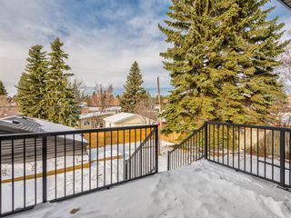 Photo 16: 5327 Carney Road NW in Calgary: Charleswood Detached for sale : MLS®# A1049468