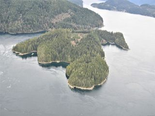 Photo 2: DL 1445 Dent Island in : Isl Small Islands (Campbell River Area) Land for sale (Islands)  : MLS®# 861220