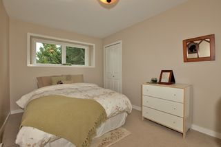 Photo 15: 2994 Connaught Avenue in North Vancouver: Princess Park House  : MLS®# V949376