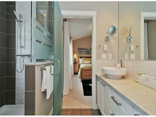 """Photo 13: 40 2925 KING GEORGE Boulevard in Surrey: King George Corridor Townhouse for sale in """"Keystone"""" (South Surrey White Rock)  : MLS®# F1322454"""