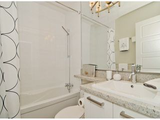 """Photo 16: 40 2925 KING GEORGE Boulevard in Surrey: King George Corridor Townhouse for sale in """"Keystone"""" (South Surrey White Rock)  : MLS®# F1322454"""