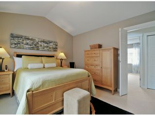 """Photo 11: 40 2925 KING GEORGE Boulevard in Surrey: King George Corridor Townhouse for sale in """"Keystone"""" (South Surrey White Rock)  : MLS®# F1322454"""