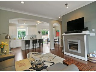 """Photo 3: 40 2925 KING GEORGE Boulevard in Surrey: King George Corridor Townhouse for sale in """"Keystone"""" (South Surrey White Rock)  : MLS®# F1322454"""