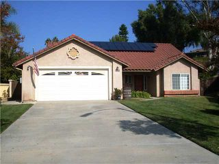 Photo 1: NORTH ESCONDIDO House for sale : 3 bedrooms : 1749 El Aire Place in Escondido