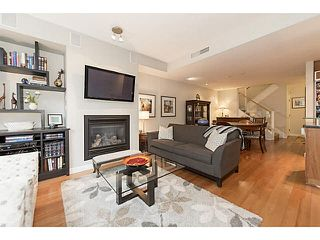 """Photo 4: TH25 338 JERVIS MEWS in Vancouver: Coal Harbour Townhouse for sale in """"CALLISTO"""" (Vancouver West)  : MLS®# V1089727"""