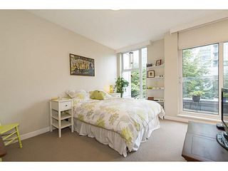 """Photo 9: TH25 338 JERVIS MEWS in Vancouver: Coal Harbour Townhouse for sale in """"CALLISTO"""" (Vancouver West)  : MLS®# V1089727"""