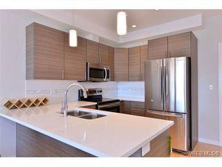 Photo 7: 403 924 Esquimalt Rd in VICTORIA: Es Old Esquimalt Condo for sale (Esquimalt)  : MLS®# 698615