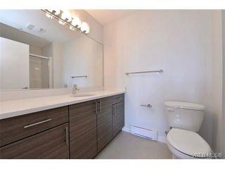 Photo 10: 403 924 Esquimalt Rd in VICTORIA: Es Old Esquimalt Condo Apartment for sale (Esquimalt)  : MLS®# 698615