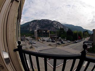 Photo 7: 201 38003 SECOND Avenue in Squamish: Downtown SQ Condo for sale : MLS®# V1125502