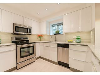 "Photo 7: 102 1545 W 13TH Avenue in Vancouver: Fairview VW Condo for sale in ""THE LEICESTER"" (Vancouver West)  : MLS®# V1127136"
