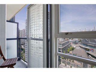"Photo 9: 2506 939 EXPO Boulevard in Vancouver: Yaletown Condo for sale in ""MAX II"" (Vancouver West)  : MLS®# V1130557"