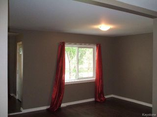 Photo 5: 196 Notre Dame Street in WINNIPEG: St Boniface Residential for sale (South East Winnipeg)  : MLS®# 1518178