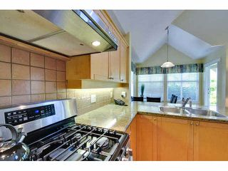 """Photo 9: 8 15450 ROSEMARY HEIGHTS Crescent: White Rock Townhouse for sale in """"CARRINGTON"""" (South Surrey White Rock)  : MLS®# F1451346"""