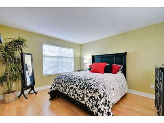 """Photo 13: 8 15450 ROSEMARY HEIGHTS Crescent: White Rock Townhouse for sale in """"CARRINGTON"""" (South Surrey White Rock)  : MLS®# F1451346"""