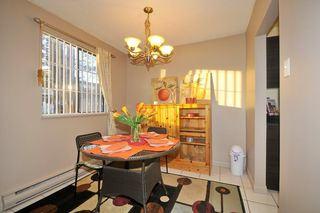"Photo 5: 101 8180 COLONIAL Drive in Richmond: Boyd Park Townhouse for sale in ""CHERRY TREE PLACE"" : MLS®# R2011944"