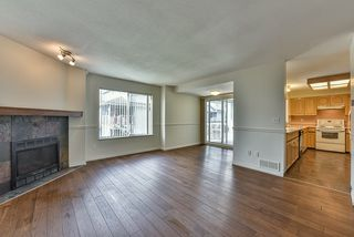 """Photo 2: 46 16363 85 Avenue in Surrey: Fleetwood Tynehead Townhouse for sale in """"SOMERSET"""" : MLS®# R2035327"""