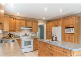 Photo 8: 6247 Rodolph Rd in VICTORIA: CS Tanner House for sale (Central Saanich)  : MLS®# 728007