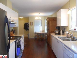 "Photo 4: 89 36060 OLD YALE Road in Abbotsford: Abbotsford East Townhouse for sale in ""MOUNTAINVIEW VILLAGE"" : MLS®# R2085799"